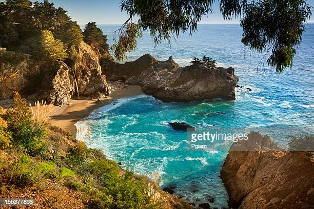 mcway falls, julia pfeiffer state park, big sur, california, usa - mcway falls stock pictures, royalty-free photos & images