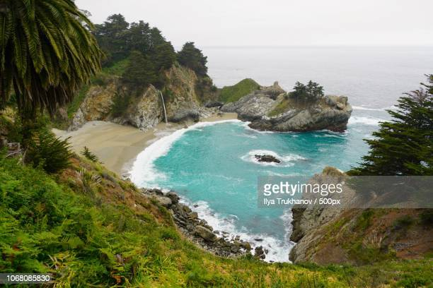 mcway falls, monterey, california - mcway falls stock pictures, royalty-free photos & images