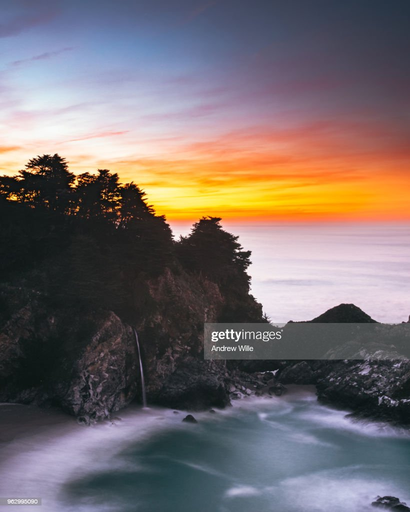 McWay Falls Sunrise : Stock Photo