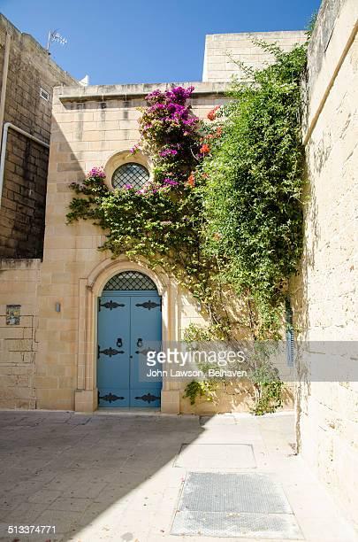 mdina, malta - retreating ストックフォトと画像