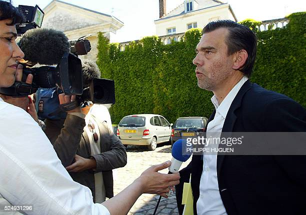 Me Frank Berton l'avocat de Odile Mar��ceaux l'��pouse de l'huissier de justice accus�� dans l'affaire de p��dophilie d'Outreau le 08 Juin 2004 au...