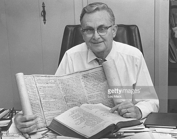 John C Trever The American scholar who photographed the dead sea Scrolls in Jerusalem in 1948 has died He was 90
