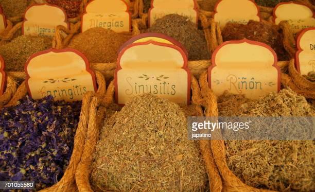 meals and colors. infusions - faringite imagens e fotografias de stock