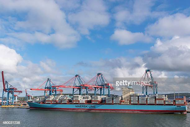 mearsk container ship - dalsland stock photos and pictures