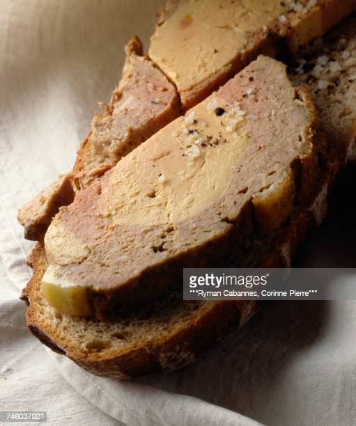 meat and foie gras terrine on sliced bread - gras stock pictures, royalty-free photos & images
