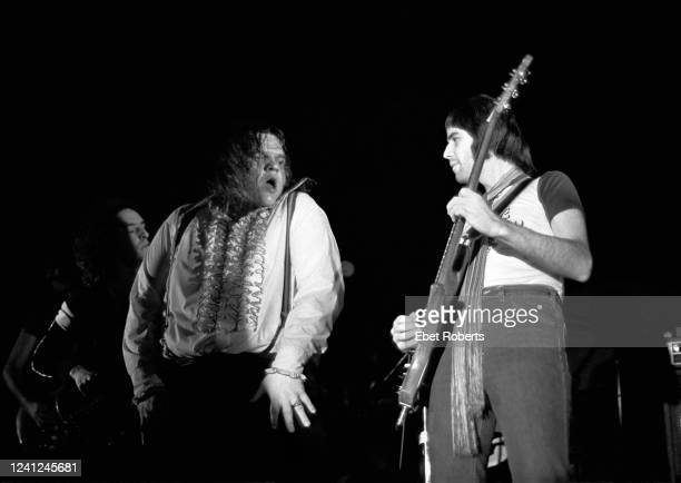 Meat Loaf and Bob Kulick performing at The Place in Dover New Jersey on January 14 1978