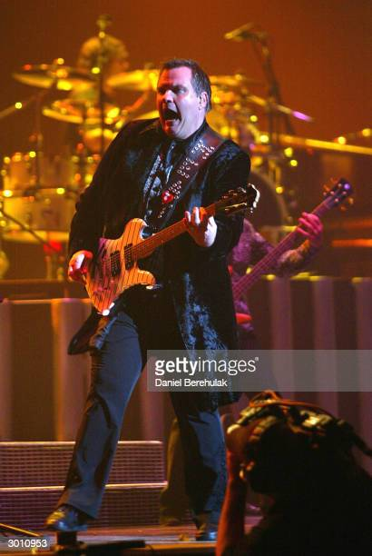 Meat Loaf performs during the Meat Loaf live performance at the Sydney Entertainment Centre February 24, 2004 in Sydney, Australia.