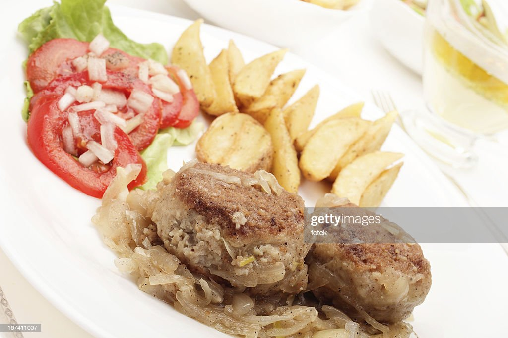 Meatballs with stewed onion : Stockfoto