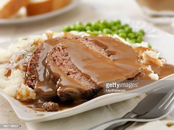 ミートローフのディナー - グレービー ストックフォトと画像