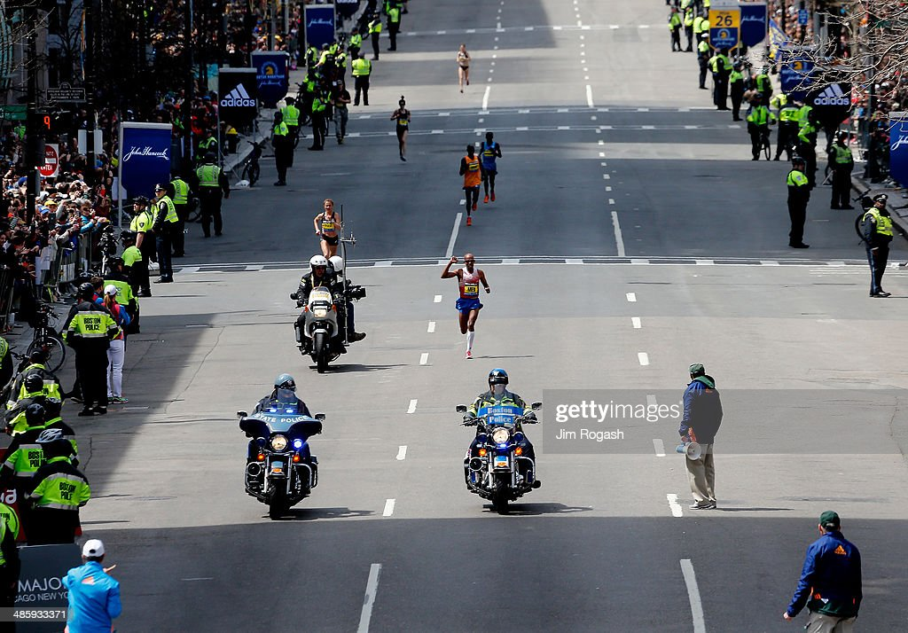 2014 B.A.A. Boston Marathon : News Photo