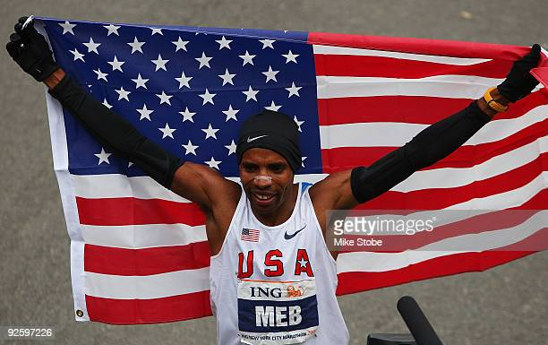 Meb Keflezighi of the USA celebrates after winning the 40th mens ING New York City Marathon on November 1 2009 in New York City