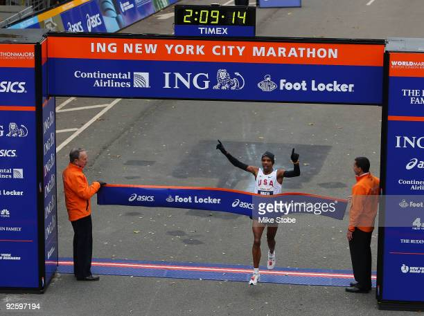 Meb Keflezighi of the USA crosses the finish line to win the mens during the 40th ING New York City Marathon on November 1 2009 in New York City