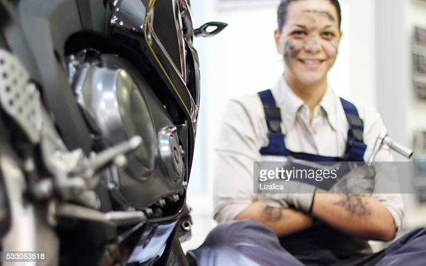 mechanic repair engine - mechatronics stock pictures, royalty-free photos & images