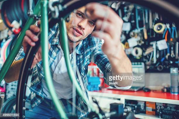 Mechaniker Arbeiten am workshop