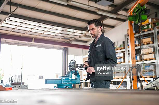 Terrific Worlds Best Mechanics Work Bench Stock Pictures Photos Pabps2019 Chair Design Images Pabps2019Com