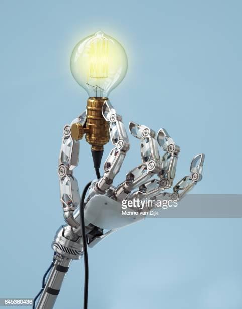 MechHand-lightbulb