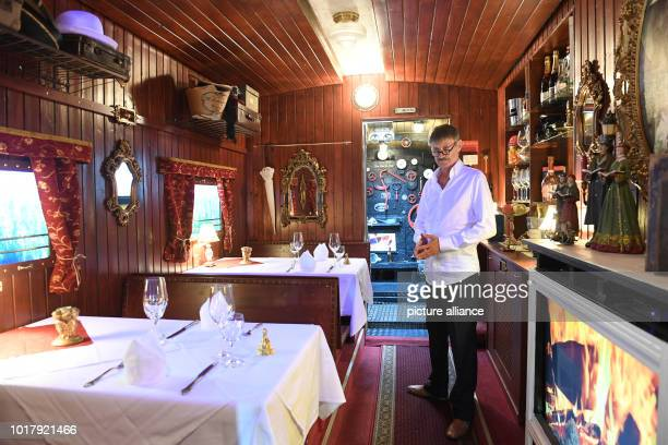 Rudolf Markl landlord of the restaurant 'Oma's Küche' is in the restaurant The restaurant does not allow guests with children under the age of 14 to...