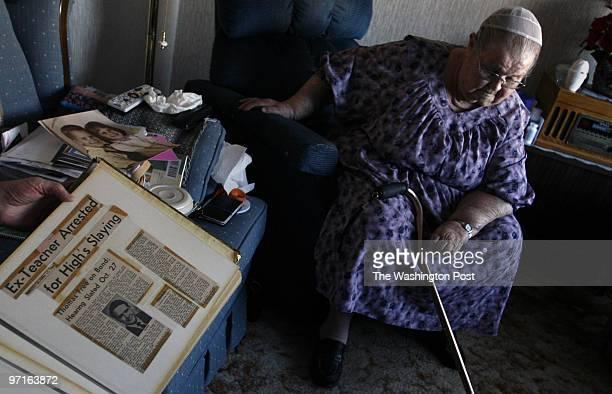 February 12 2009 CREDIT Carol Guzy/ The Washington Post Staunton VA Laverne Sowers mother of murder victim Constance Smootz Hevener holds a photo of...