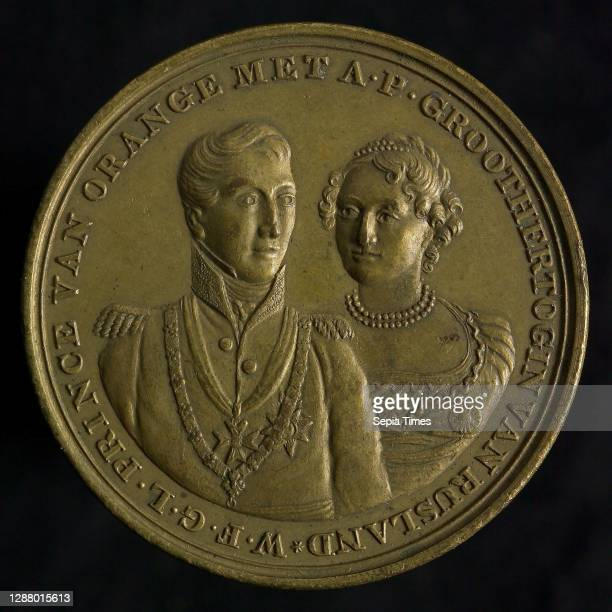 Medal on the marriage of William Frederick, Crown Prince of the Netherlands and Anna Paulowna, Grand Duchess of Russia, wedding medal medallion image...