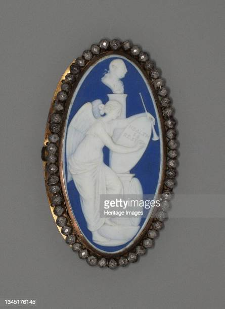 "Medallion with ""Health is Restored"", Burslem, Late 18th century. Artist Wedgwood."