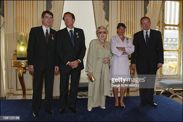 Medal'S Delivery At The Ministry Of Culture On June 30 2004 In Paris France Jacques Peskine FrancoisJoel Thiollier Patachou Veronique Cayla Renaud...