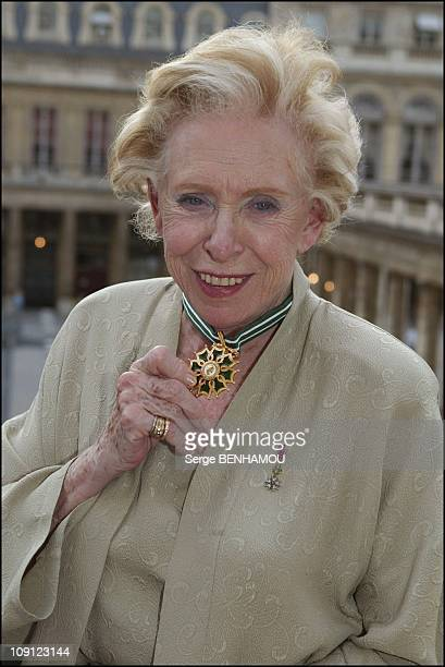 Medal'S Delivery At The Ministry Of Culture On June 30 2004 In Paris France Patachou
