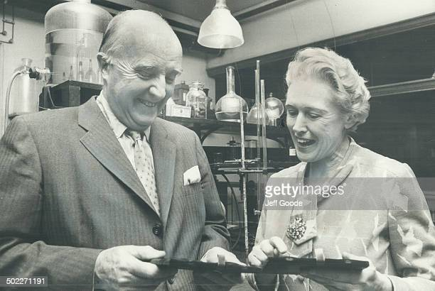 Medals for Countless lives saved Dr Charles Best codiscoverer of insulin and Lady Banting widow of his colleague Dr Frederick Banting chat as they...