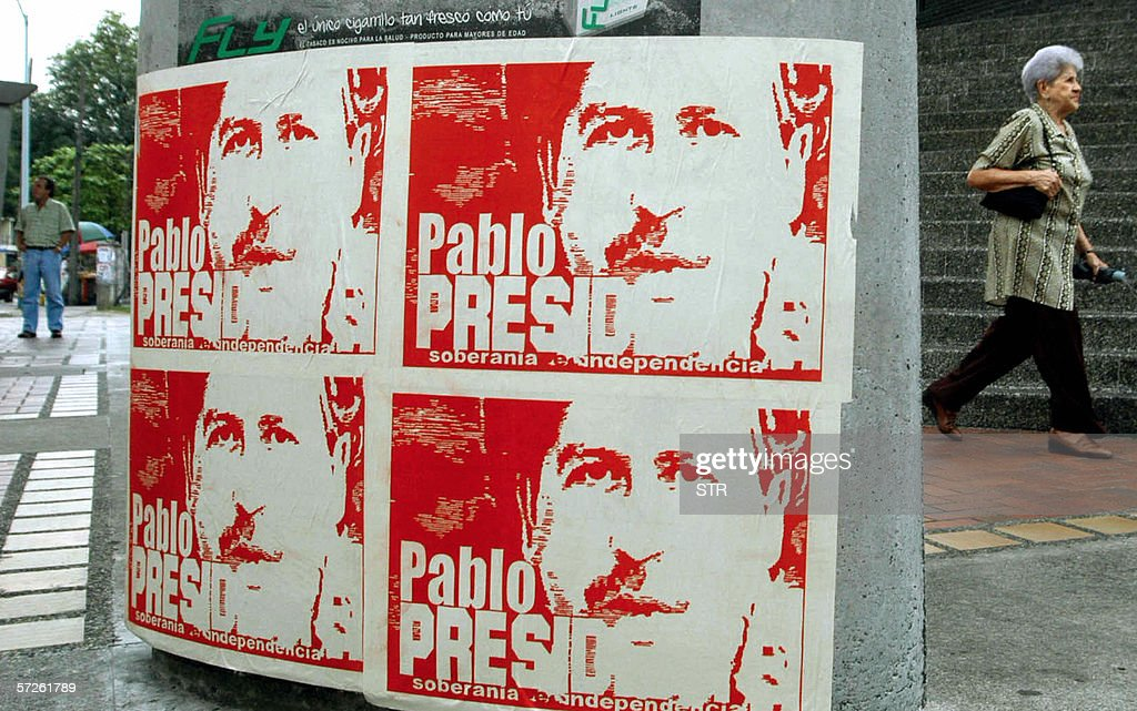 Posters with the portrait of late leader of Colombian drug cartel Pablo Escobar, killed by police in Medellin in 1993, that read 'Pablo for President-Sovereignity-Independence' can be seen 04 April, 2006 in several places in Botota. Authorities ignore who or whom posted them up and ordered them removed. Colombia's presidential election will be held 28 May.