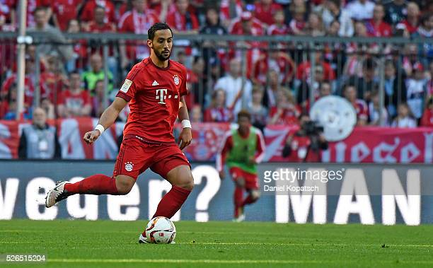 Medhi Benatia of Muenchen controls the ball during the Bundesliga match between FC Bayern Muenchen and Borussia Moenchengladbach at Allianz Arena on...