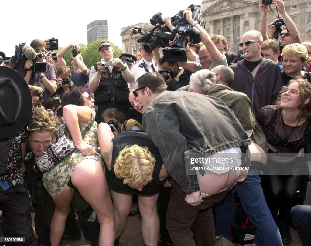 Mooning royal protest bums : News Photo