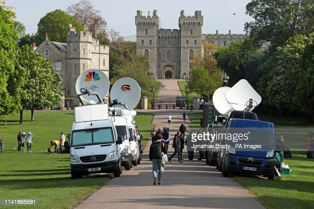 Media at work outside the Long Walk at Windsor Castle in Berkshire following the announcement of the birth of a baby boy to the Duke and Duchess of...