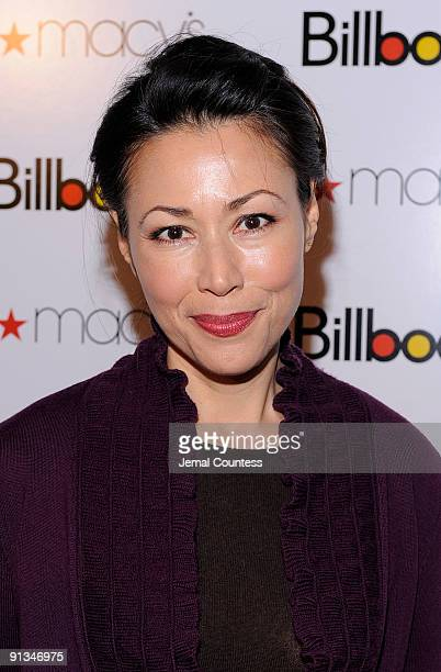 Media correspondant Ann Curry attends Billboard's 4th Annual Women In Music event at The Pierre Hotel on October 2 2009 in New York City