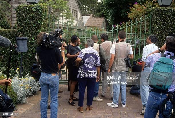 Media gathers in front of OJ Simpson's Rockingham Estate in June 1994 in Brentwood California