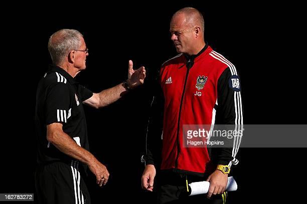coaches redhead Grays