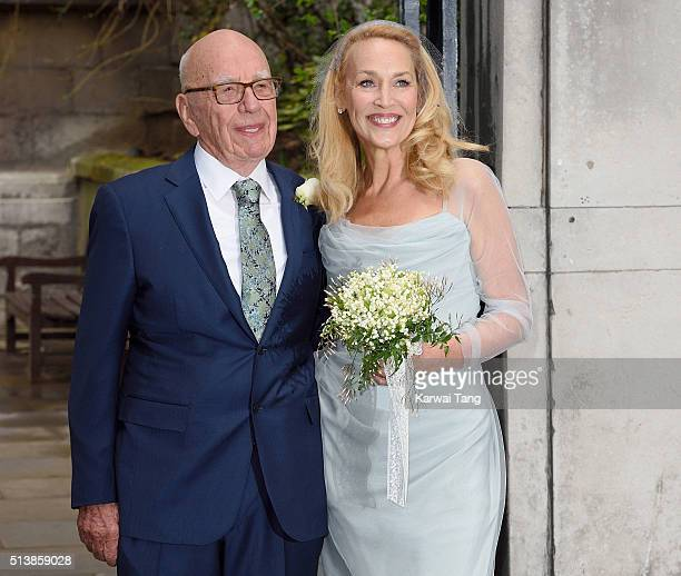 Media Mogul Rupert Murdoch and Jerry Hall pose for photographers after their wedding ceremony at St Bride's Church on March 5 2016 in London England