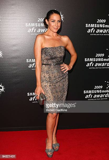 Media personality Kate Ritchie arrives for the 2009 Samsung Mobile AFI Awards at the Regent Theatre on December 12, 2009 in Melbourne, Australia.