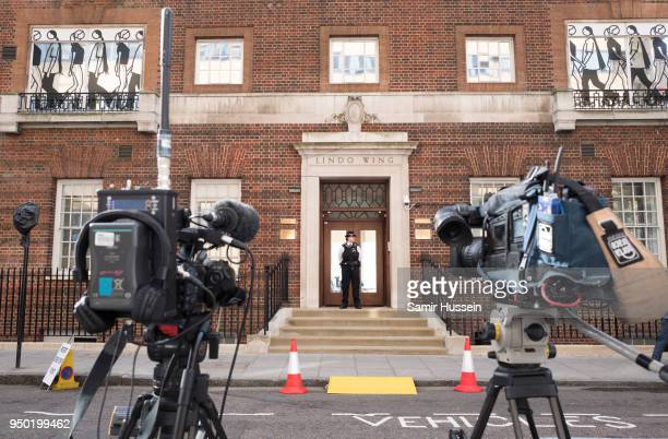 Media set up outside the Lindo Wing ahead of the birth of The Duke Duchess of Cambridge's third child on April 23 2018 in London England