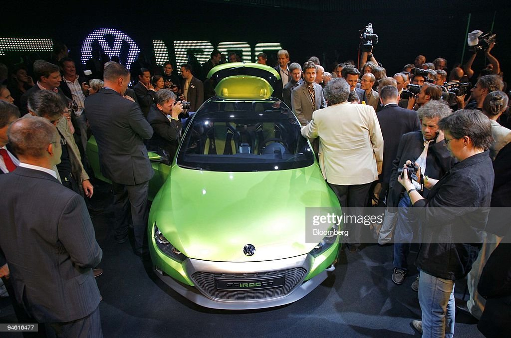 Media Surround A Volkswagen Iroc Concept Car During Its Debut In
