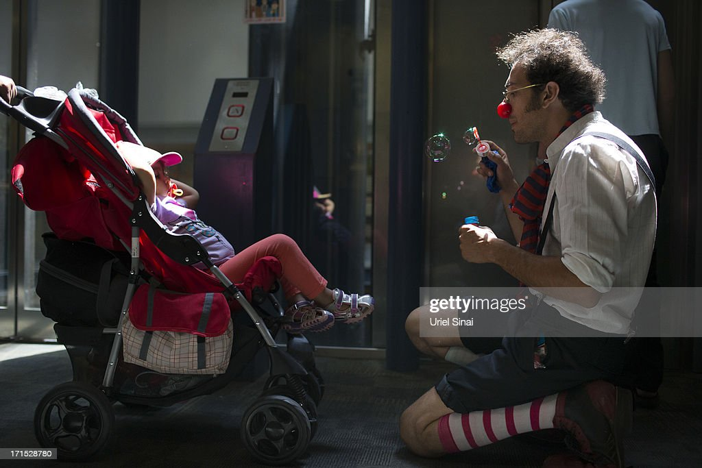 Clown Doctors In Jerusalem : News Photo