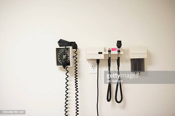 medical examining quipment in room - doctor's office stock pictures, royalty-free photos & images