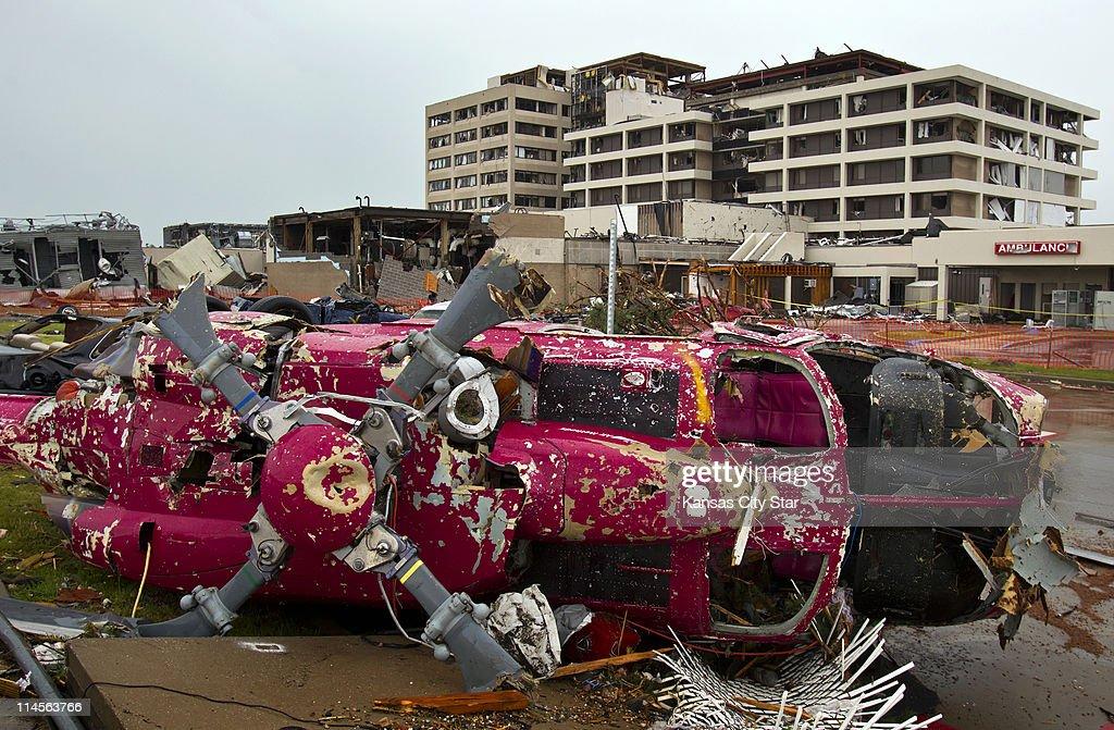 tornado dead body pictures - 1140×747