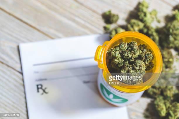 medical marijuana - medical cannabis stock pictures, royalty-free photos & images