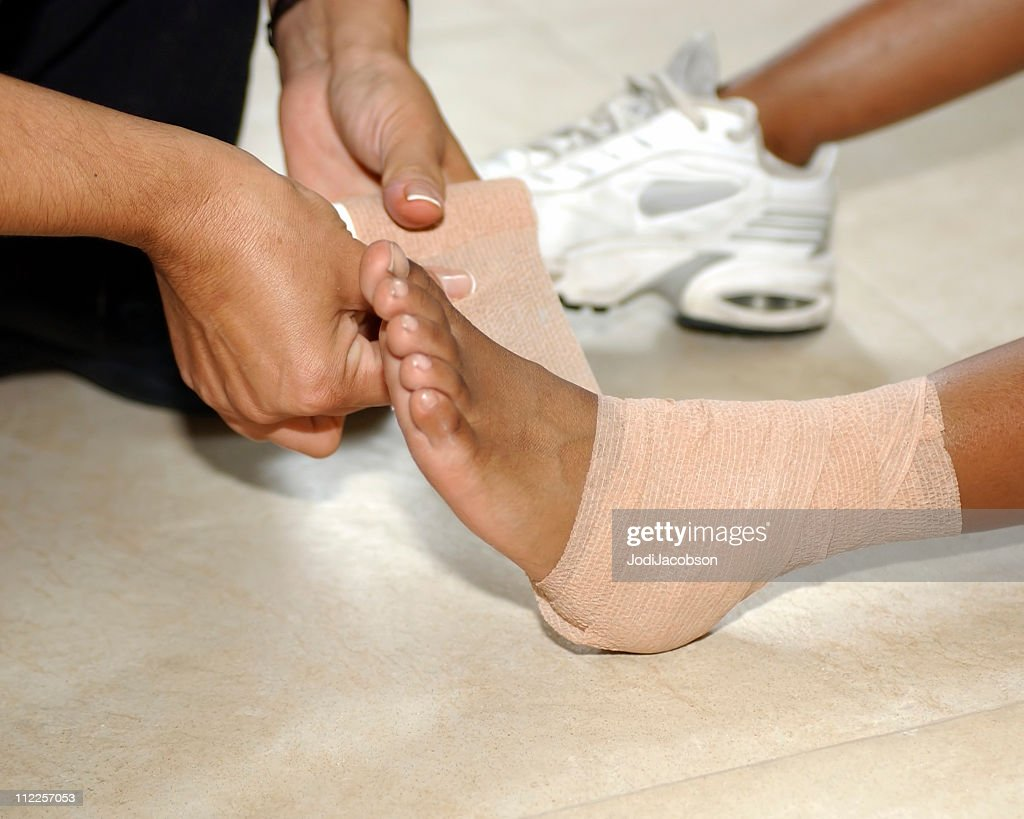 Medical: Pains and sprains : Stock Photo
