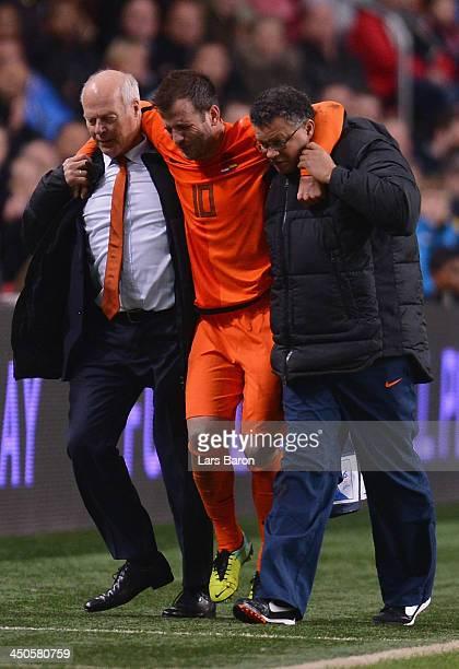 Medical staff of Netherlands helps injurd Rafael van der Vaart during the International Friendly match between Netherlands and Colombia at Amsterdam...