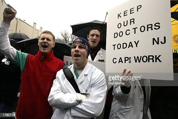 Medical students from the Robert Wood Johnson Medical School and thousands of doctors rally at the New Jersey Capitol Complex February 4 2003 in...