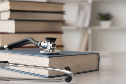 medical textbook 1158745007