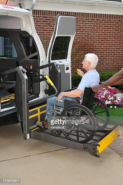Medical transport van with mechanical lift