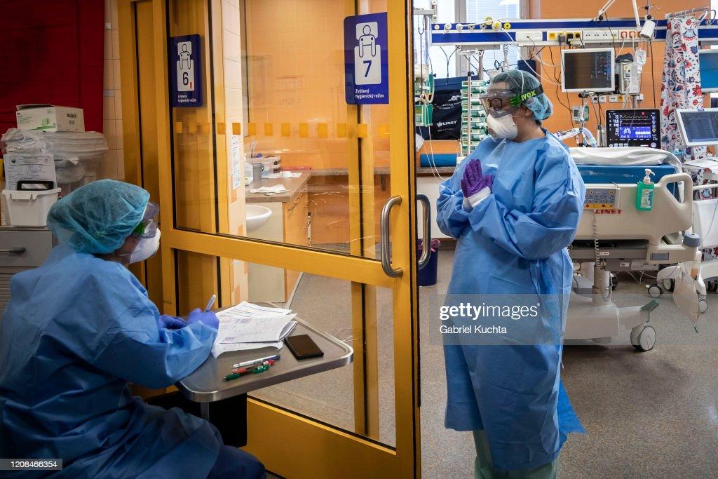 Coronavirus Cases Rise In Czech Republic : News Photo