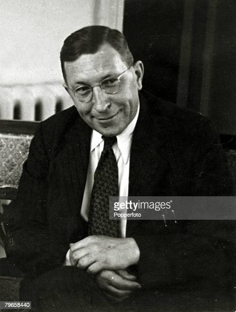 circa 1940 Sir Frederick Grant Banting Canadian physician the 1st to extract insulin from the pancreas insulin proving to be the 1st effective...