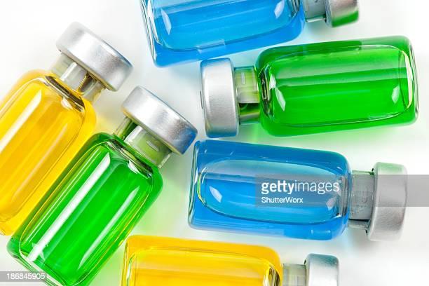 medicine vials - studio shot stockfoto's en -beelden